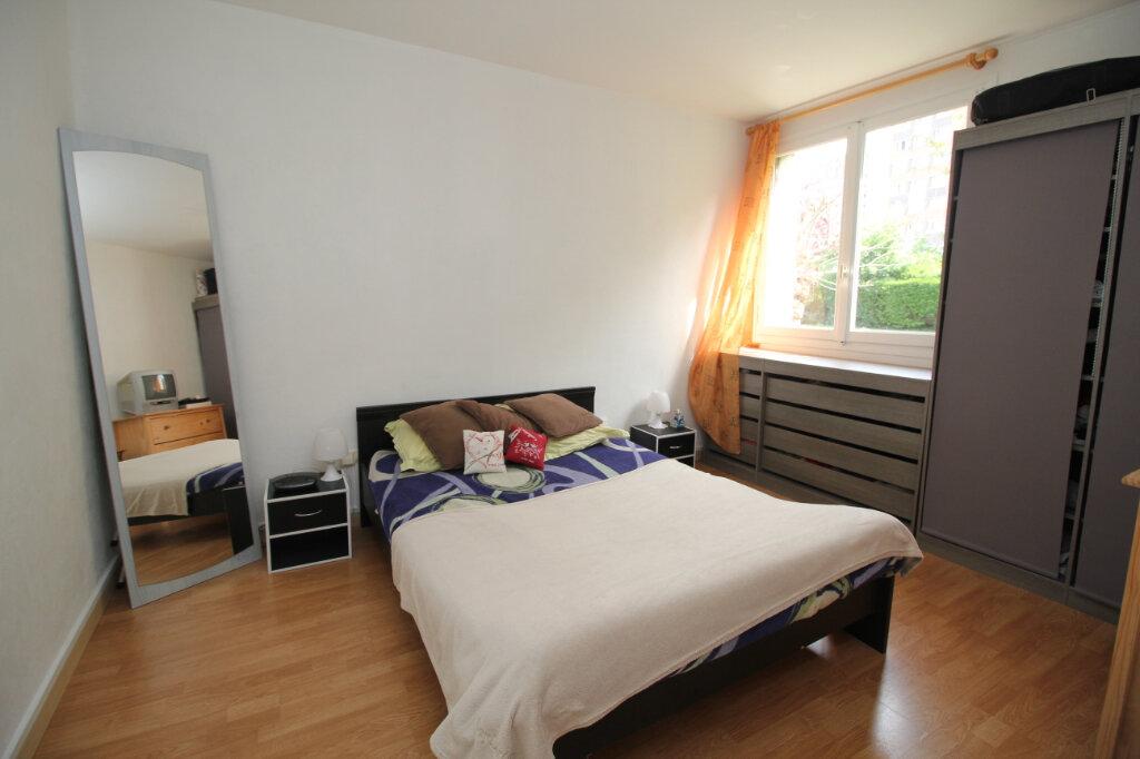 Appartement à vendre 4 61.72m2 à Franconville vignette-5