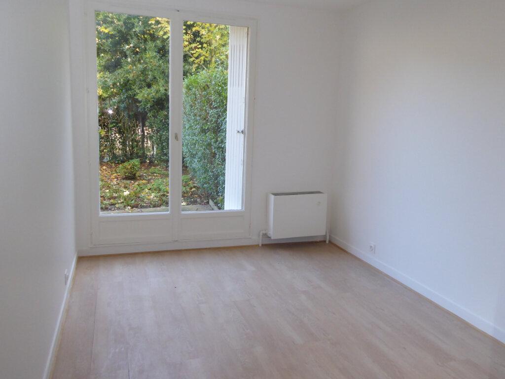 Appartement à louer 3 67m2 à Montlignon vignette-5
