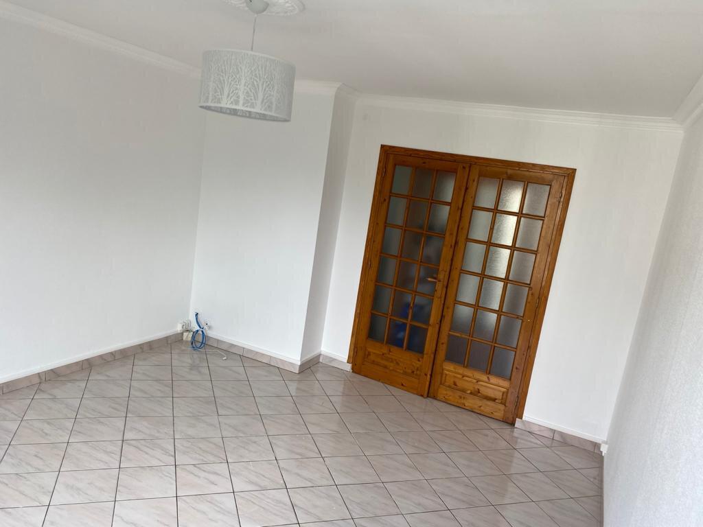 Appartement à louer 5 81.93m2 à Taverny vignette-3