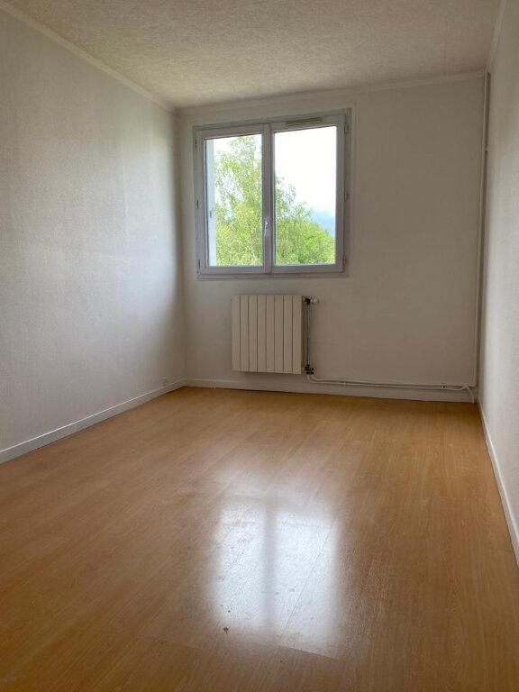 Appartement à louer 5 81.93m2 à Taverny vignette-6