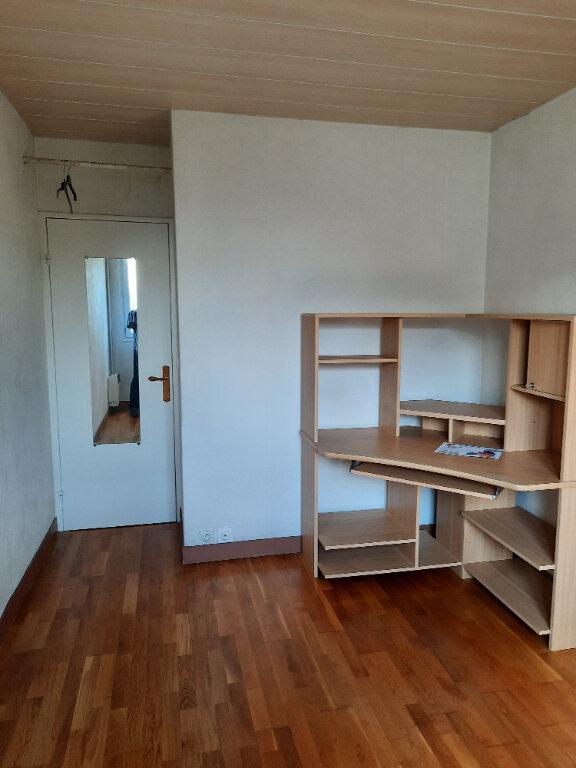 Appartement à louer 5 81.93m2 à Taverny vignette-8