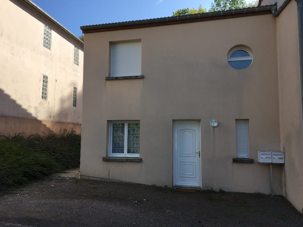 Maison à louer 4 94m2 à Chaumont vignette-1