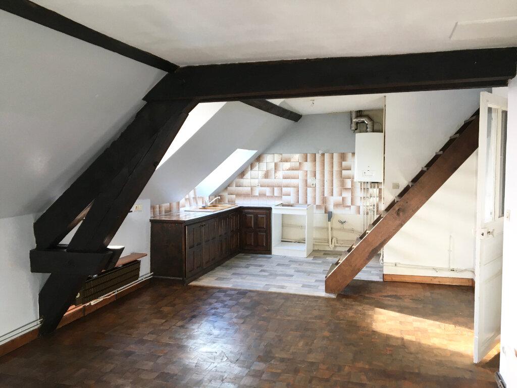 Appartement à louer 3 57m2 à Chaumont vignette-1