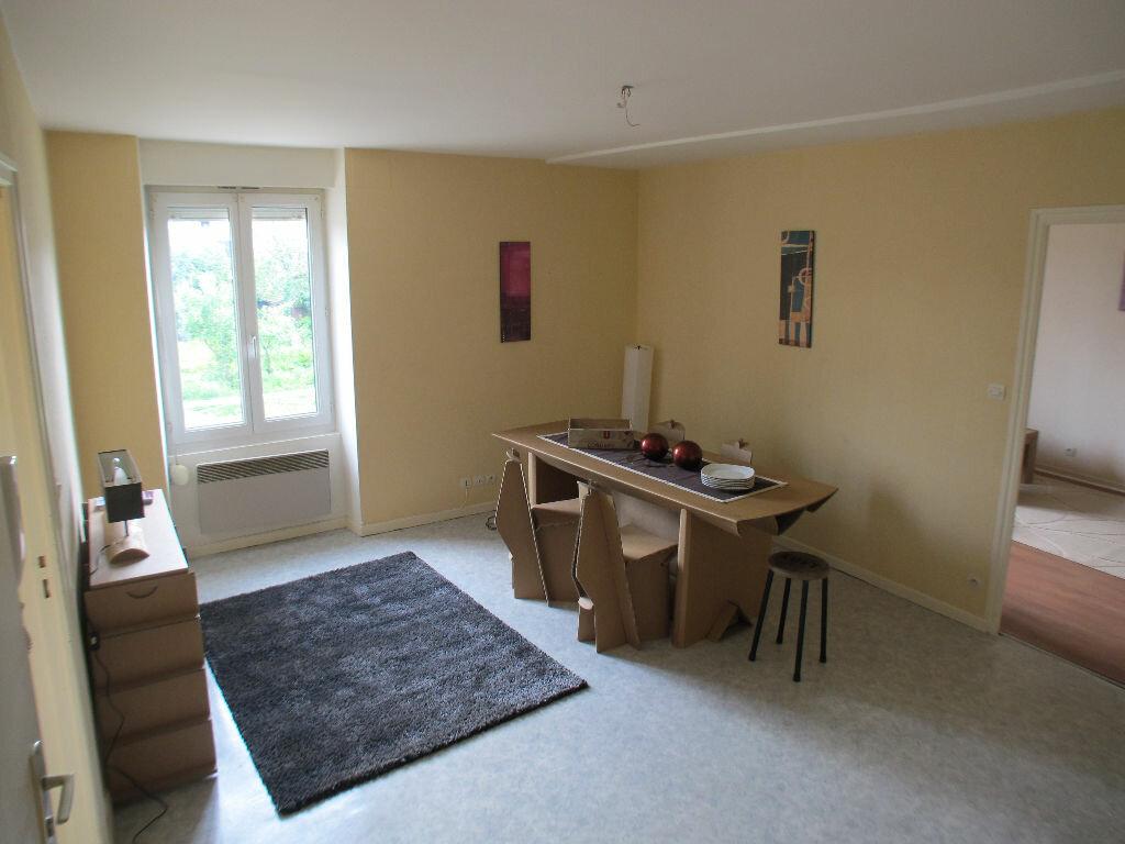 Appartement à louer 4 75m2 à Chaumont vignette-1