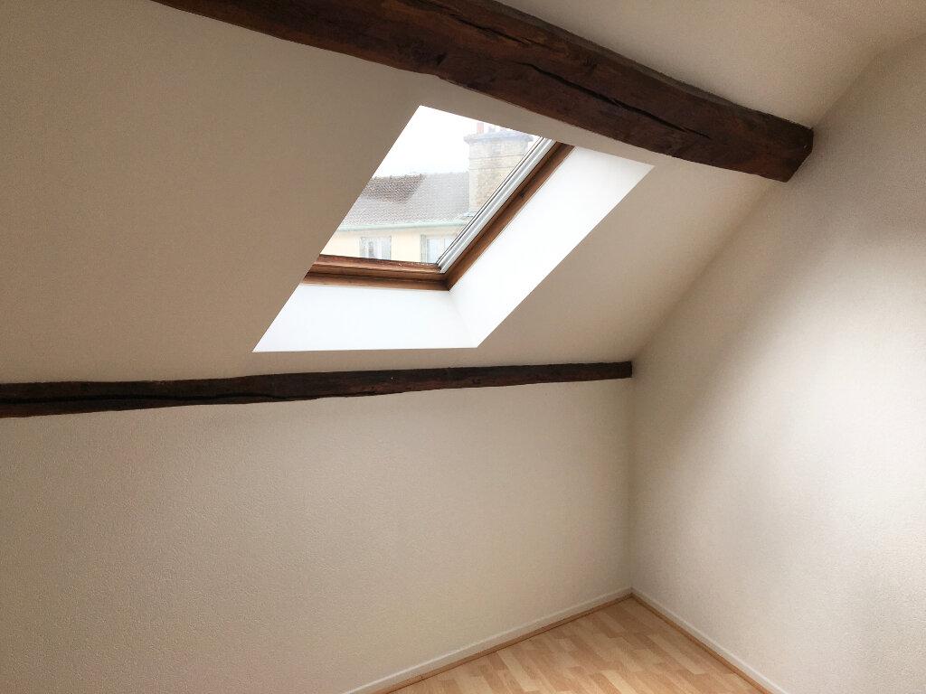 Appartement à louer 2 60m2 à Chaumont vignette-2