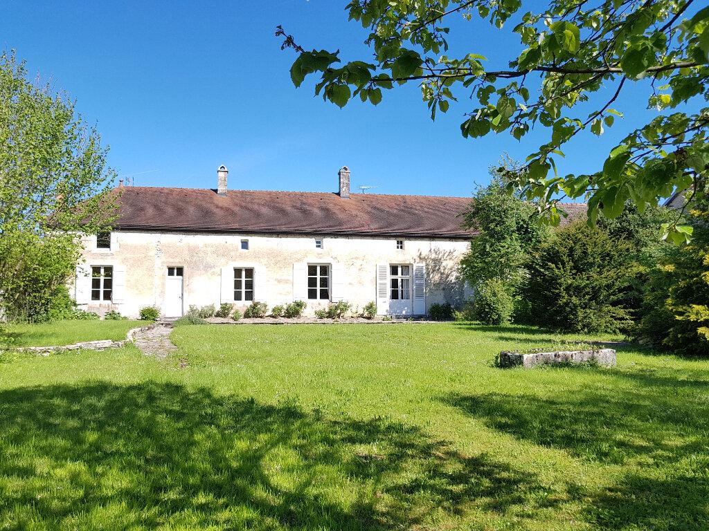 Maison à vendre 9 263m2 à Autreville-sur-la-Renne - Lavilleneuve-au-roi vignette-1