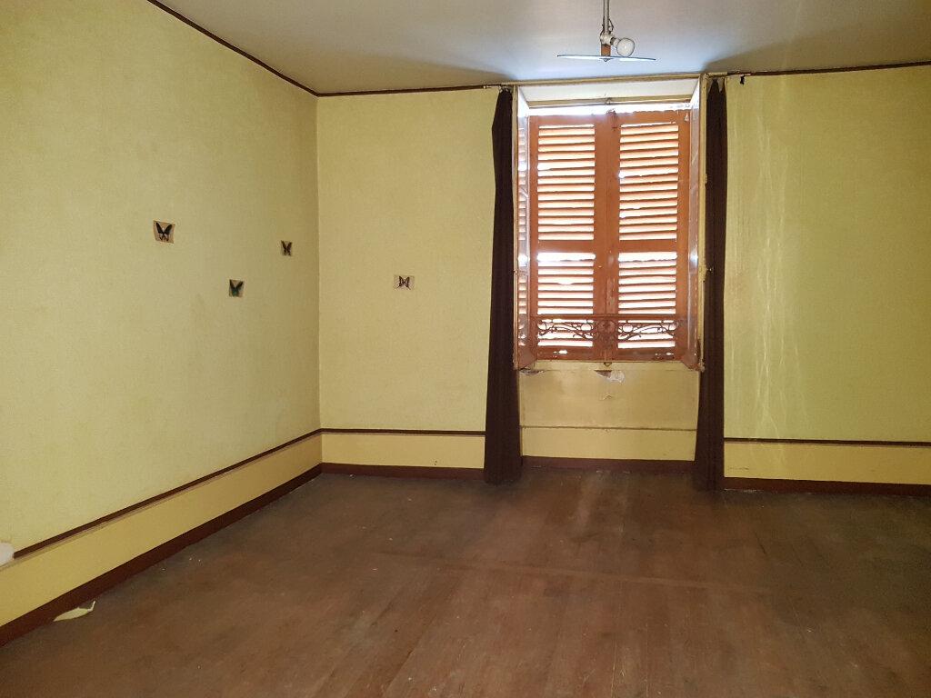 Maison à vendre 6 163m2 à Châteauvillain vignette-4