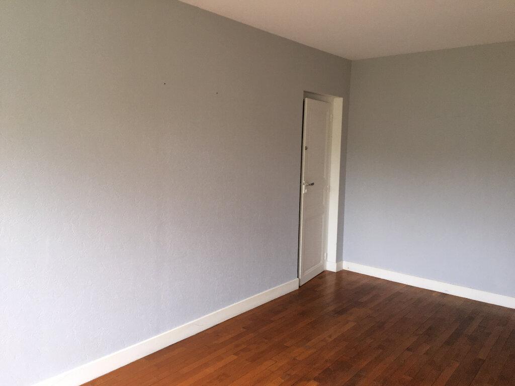 Appartement à louer 3 94m2 à Foulain vignette-3
