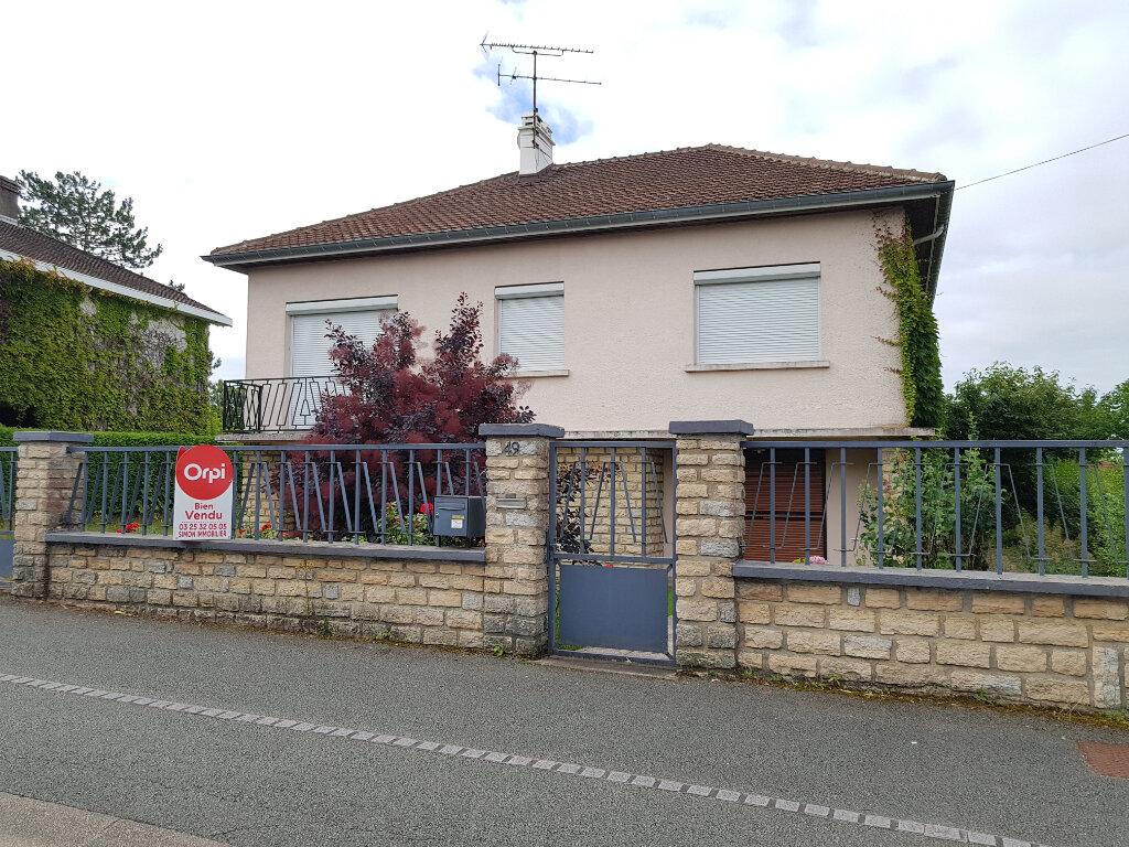 Maison à vendre 5 103.44m2 à Chaumont vignette-1