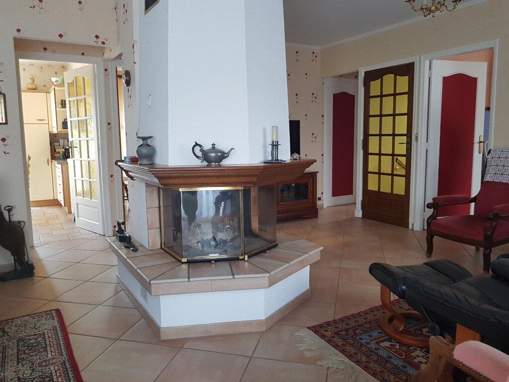Maison à vendre 5 103.44m2 à Chaumont vignette-9