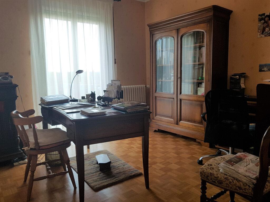 Maison à vendre 5 103.44m2 à Chaumont vignette-14