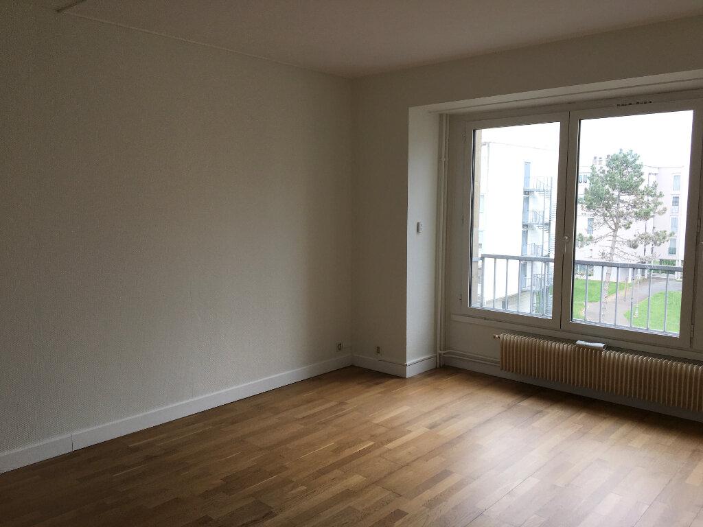 Appartement à vendre 4 85.36m2 à Chaumont vignette-1