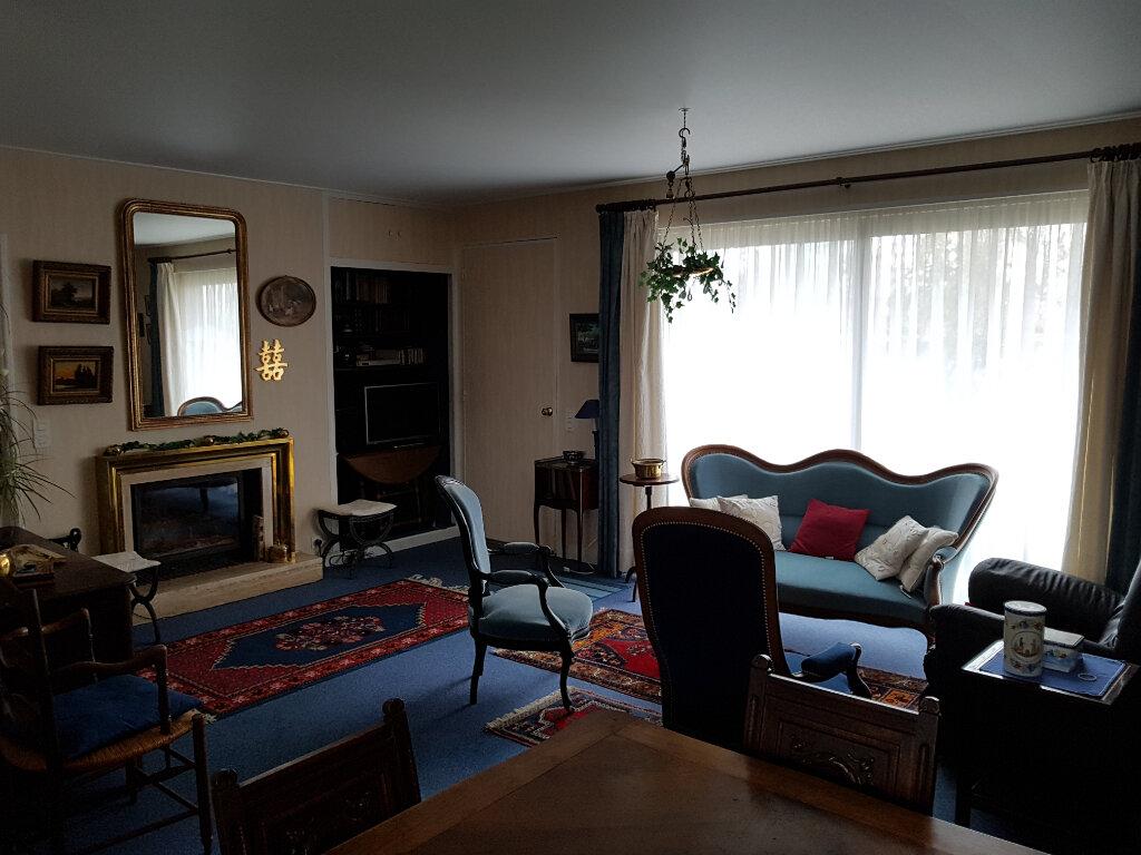 Maison à vendre 5 85.79m2 à Chaumont vignette-4