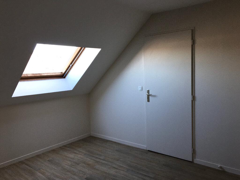 Appartement à louer 4 81m2 à Chaumont vignette-5
