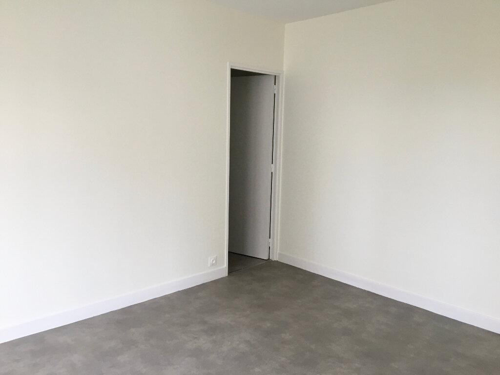Appartement à louer 1 46.72m2 à Chaumont vignette-2