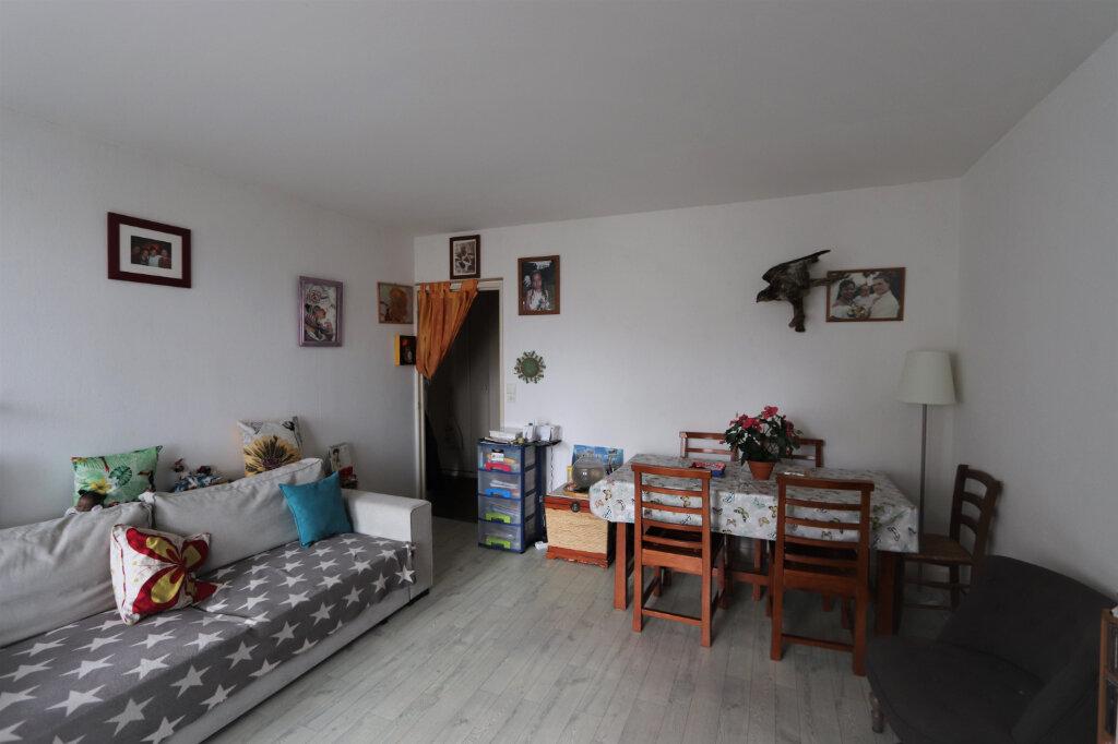 Appartement à vendre 3 63m2 à Chilly-Mazarin vignette-1