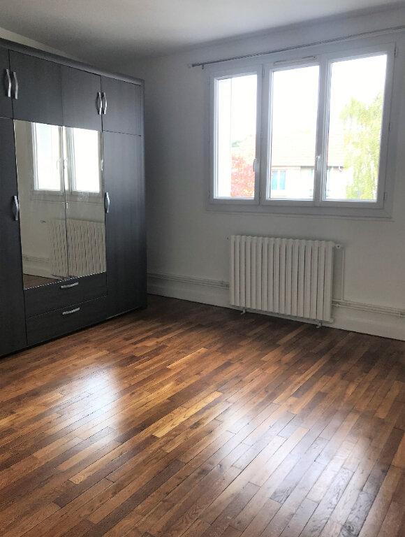 Appartement à louer 2 48.3m2 à Massy vignette-3
