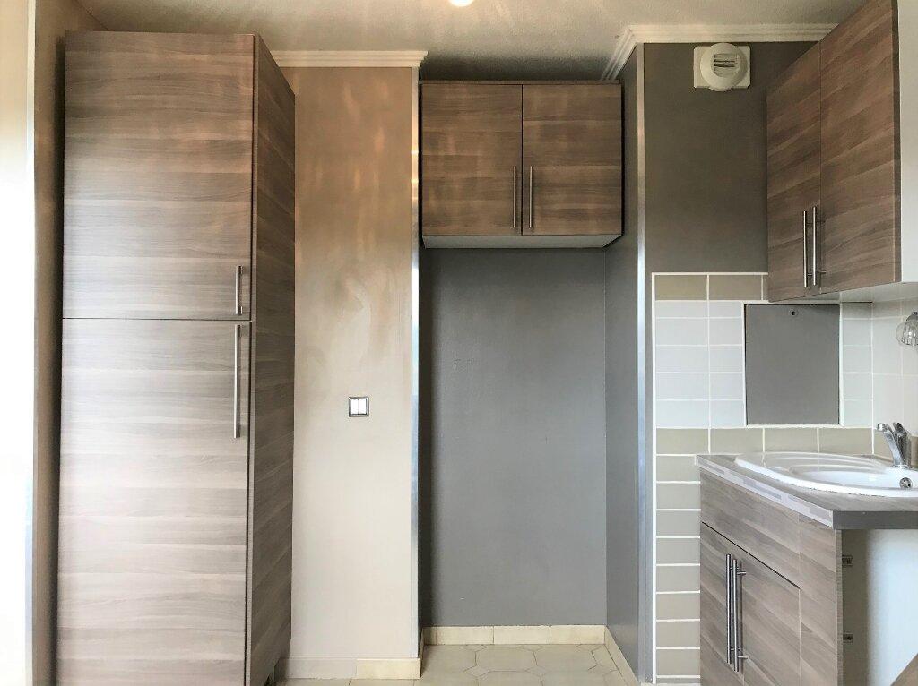 Appartement à louer 4 89.19m2 à Massy vignette-2