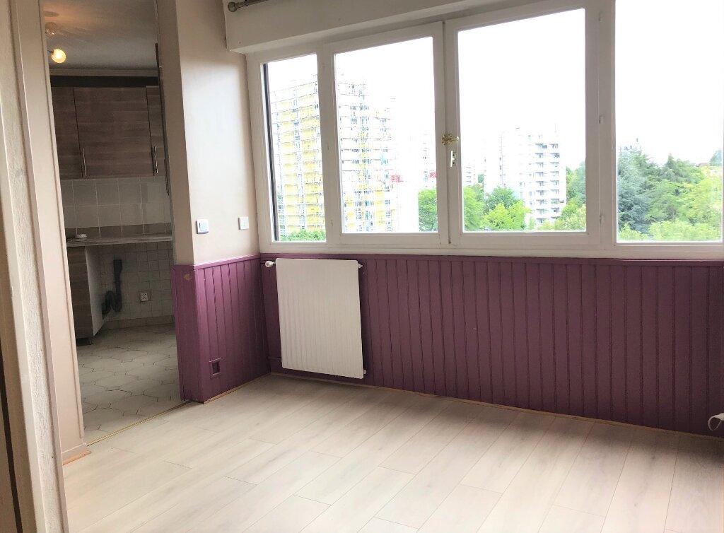 Appartement à louer 4 89.19m2 à Massy vignette-4