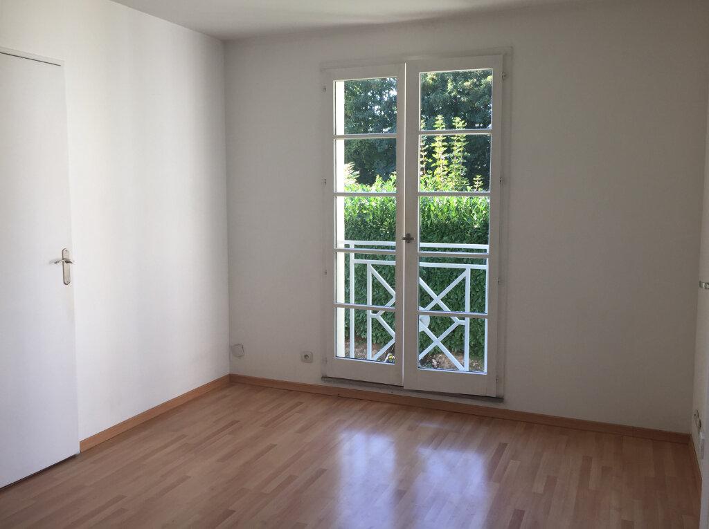 Appartement à louer 2 32.08m2 à Massy vignette-3