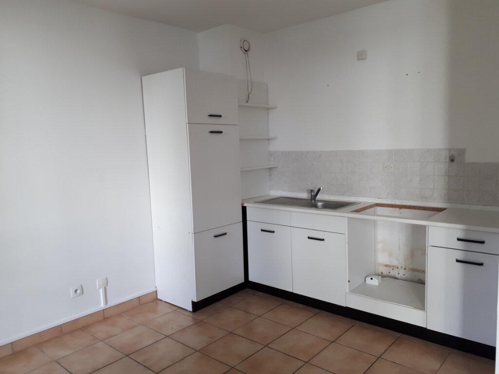 Appartement à louer 1 30.01m2 à Massy vignette-1