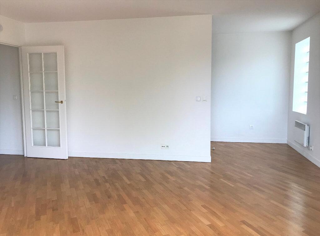 Appartement à louer 2 42.91m2 à Antony vignette-2