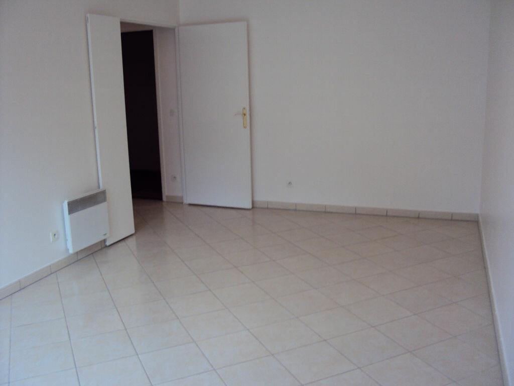 Appartement à louer 3 59.68m2 à Antony vignette-4