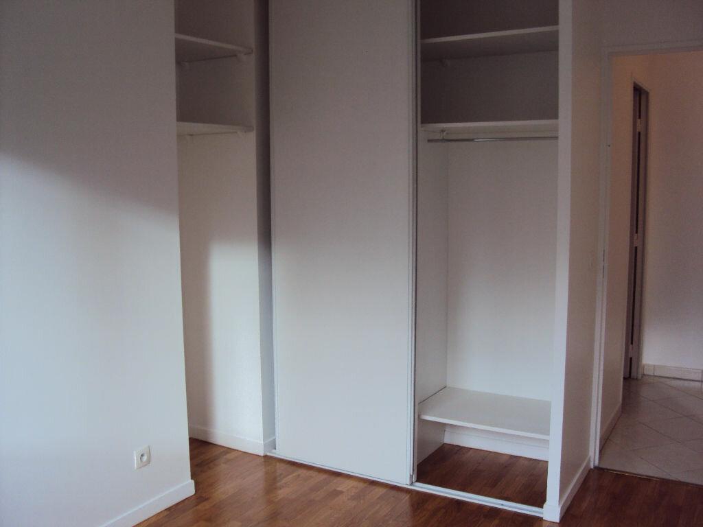 Appartement à louer 3 59.68m2 à Antony vignette-5
