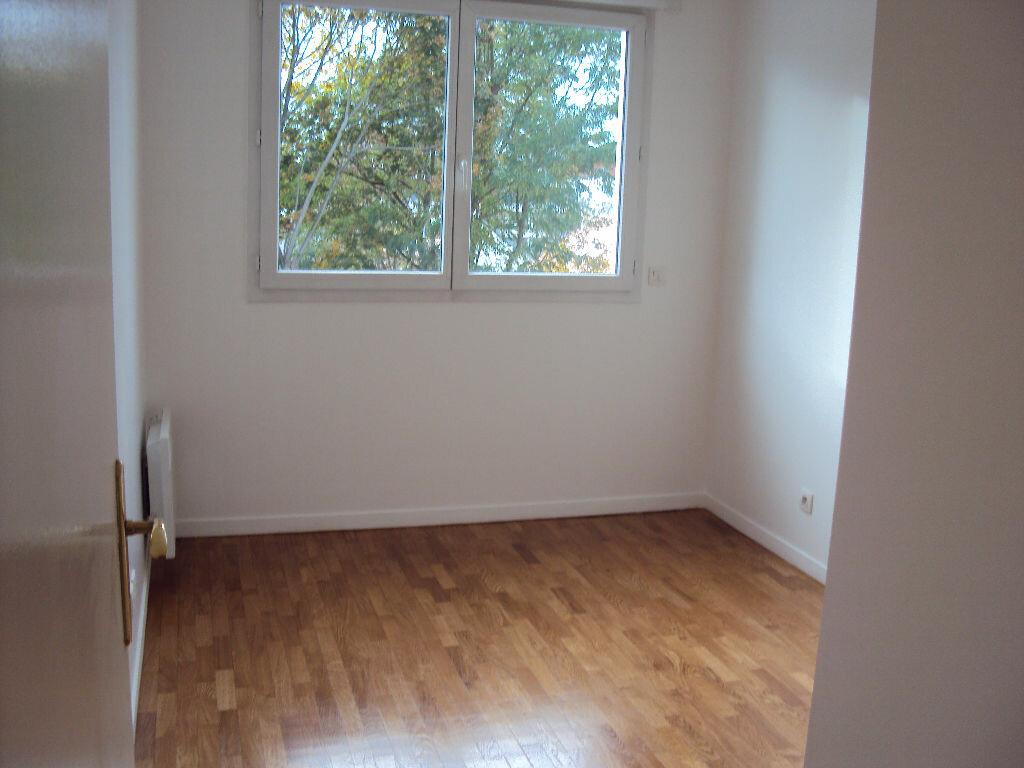 Appartement à louer 3 59.68m2 à Antony vignette-6