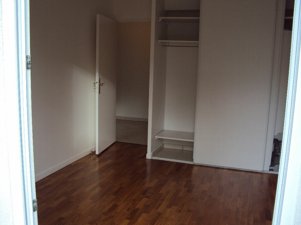 Appartement à louer 3 59.68m2 à Antony vignette-7