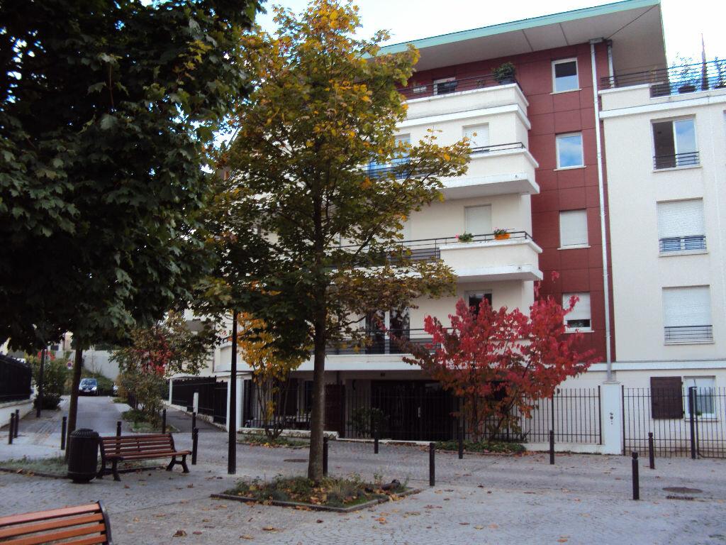 Appartement à louer 3 59.68m2 à Antony vignette-8