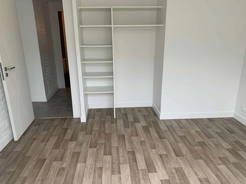 Appartement à louer 3 51.94m2 à Massy vignette-4