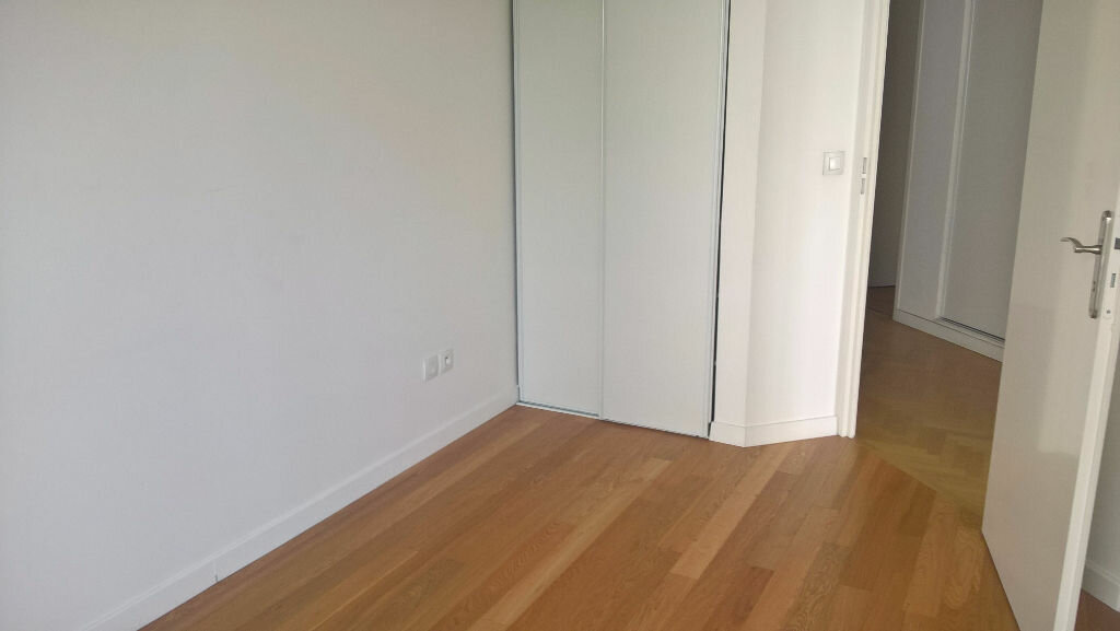 Appartement à louer 4 76.44m2 à Massy vignette-5