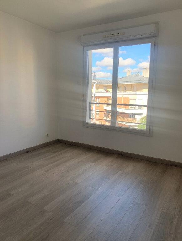 Appartement à louer 3 71.21m2 à Massy vignette-5