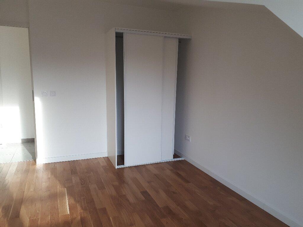 Appartement à louer 3 59.81m2 à Antony vignette-3