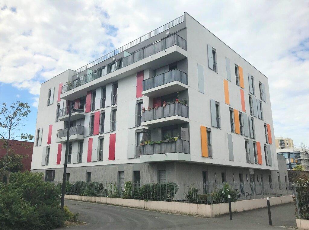 Appartement à louer 4 78.9m2 à Massy vignette-6