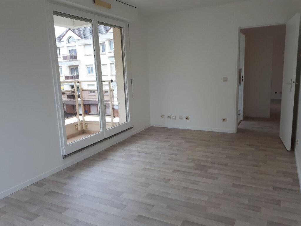 Appartement à louer 2 42.4m2 à Massy vignette-2