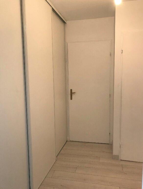Appartement à louer 3 56.5m2 à Massy vignette-8