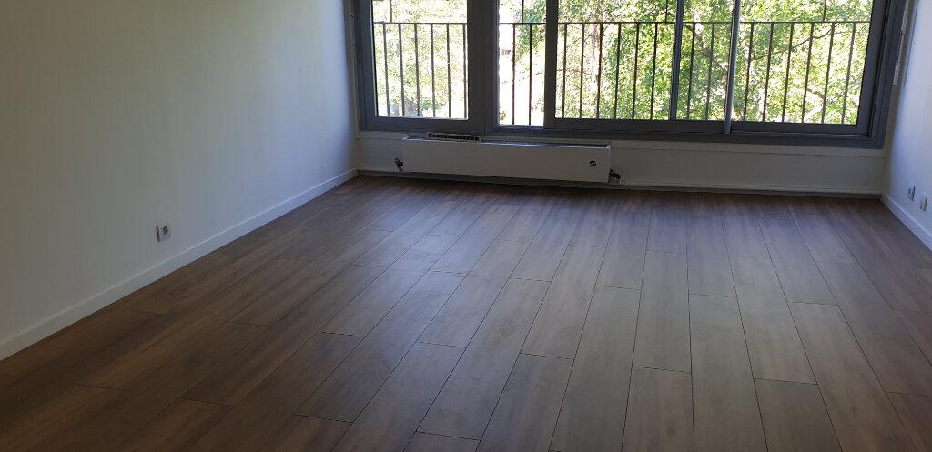 Appartement à louer 2 56m2 à Épinay-sous-Sénart vignette-2