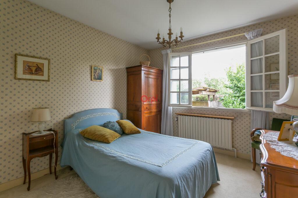 Maison à vendre 5 115m2 à Villecresnes vignette-9