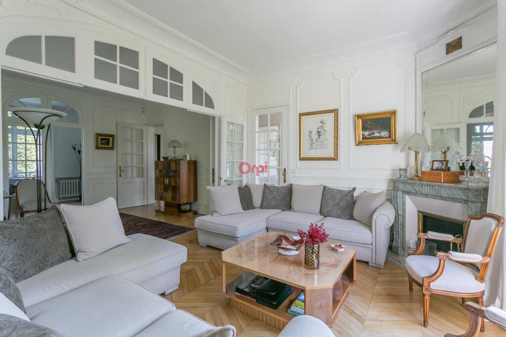 Maison à vendre 8 220m2 à Villecresnes vignette-2