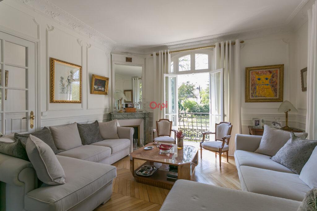 Maison à vendre 8 220m2 à Villecresnes vignette-3