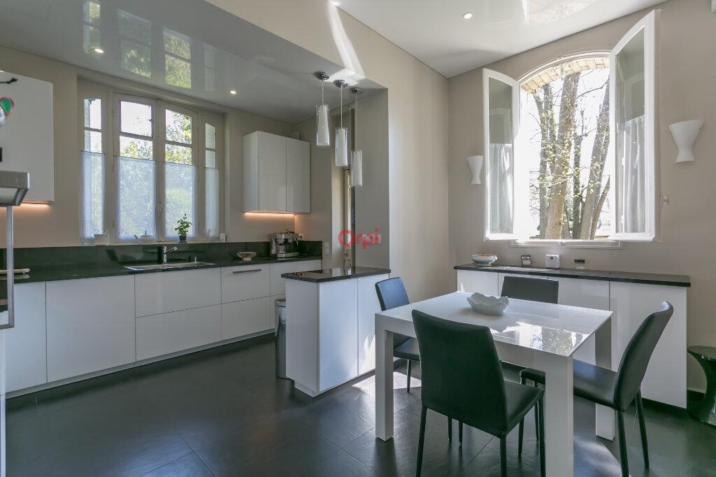 Maison à vendre 8 220m2 à Villecresnes vignette-5