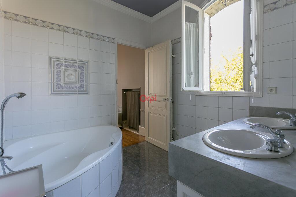 Maison à vendre 8 220m2 à Villecresnes vignette-13