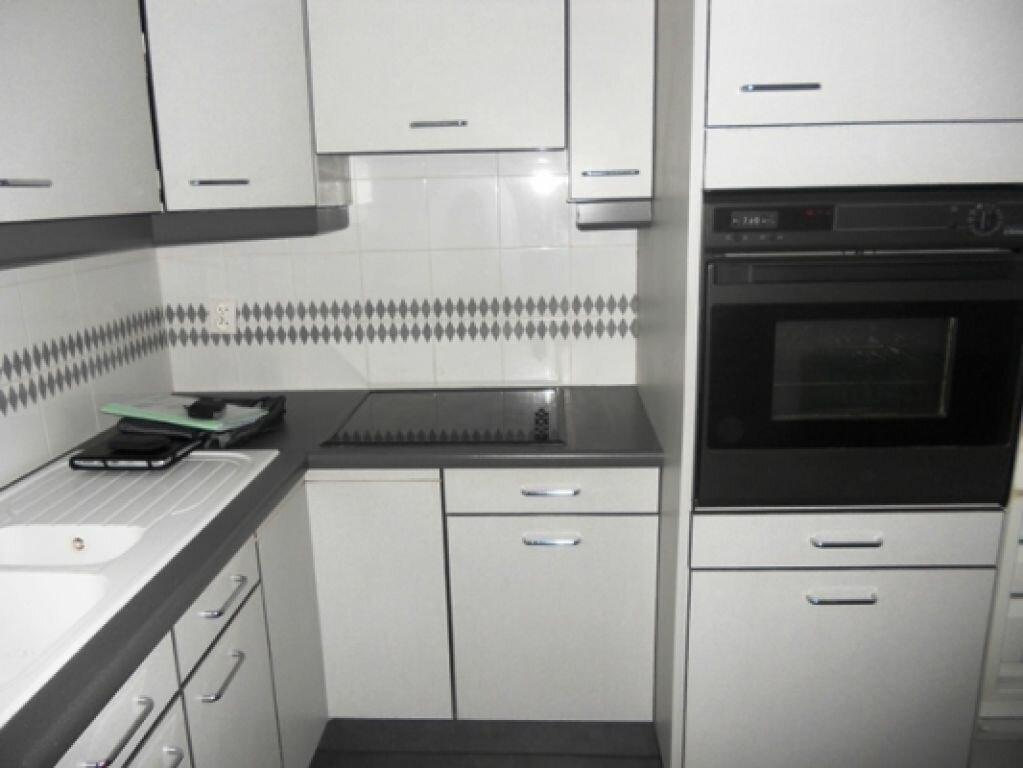 Appartement à louer 3 49.26m2 à Maisons-Alfort vignette-2