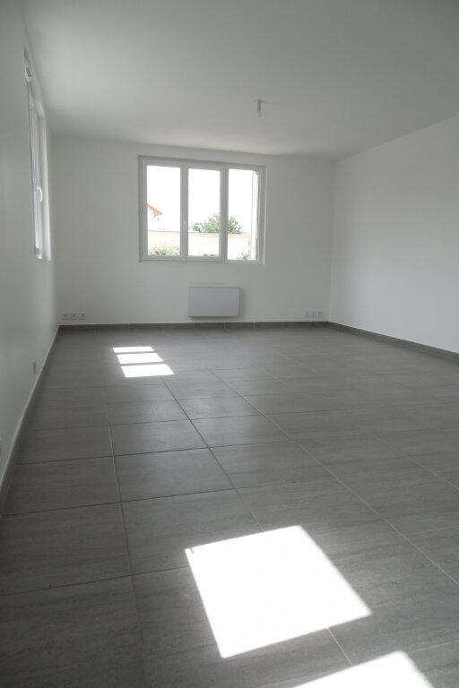 Appartement à louer 2 61.68m2 à Vigneux-sur-Seine vignette-2