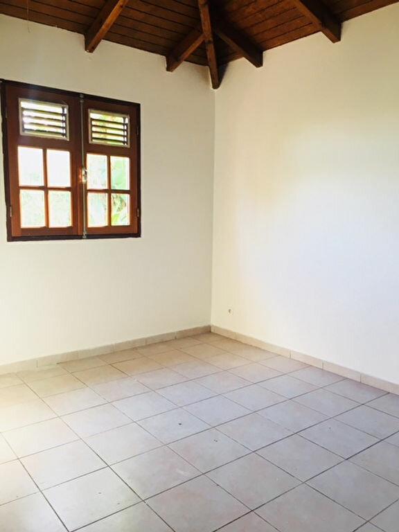 Maison à louer 5 90m2 à Capesterre-Belle-Eau vignette-5