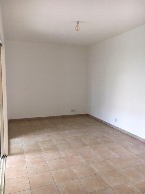 Appartement à vendre 3 53.8m2 à Baie-Mahault vignette-3