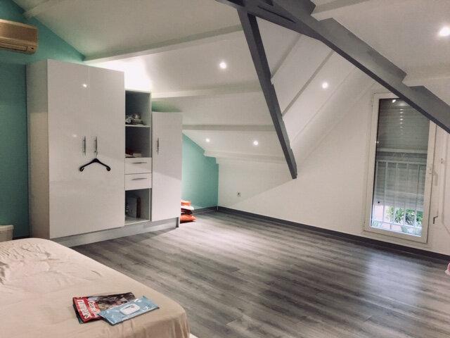Appartement à louer 4 83m2 à Petit-Bourg vignette-1