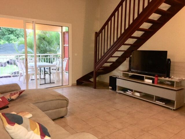 Appartement à louer 4 83m2 à Petit-Bourg vignette-3